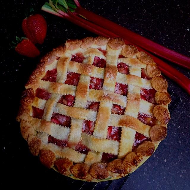 My Mom and my husband's favourite pie!!! I always have to make 2!!! Ha!!! Strawberry Rhubarb Pie!