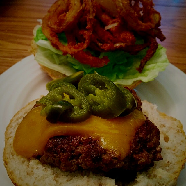 The sweet onion rings really complimented the jalapeño peppers, making it my favourite burger!!!