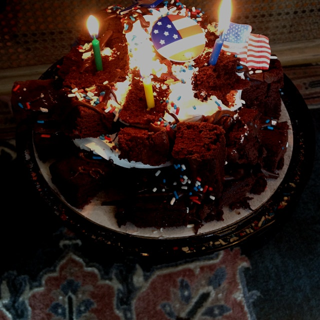 Happy 4th Brownies And cream cake