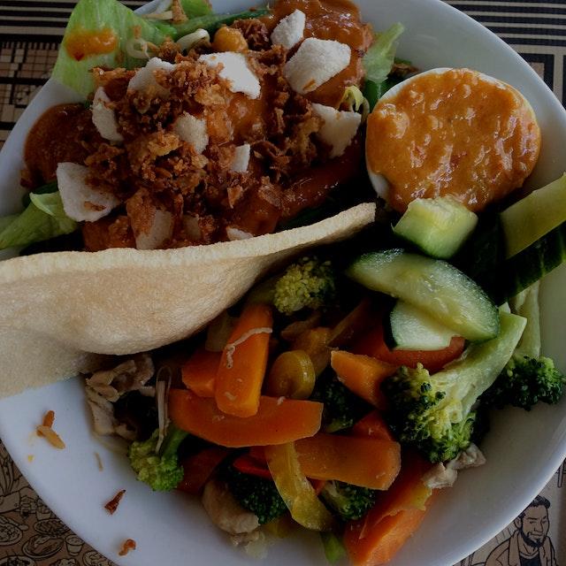 Mangkok lunch combo