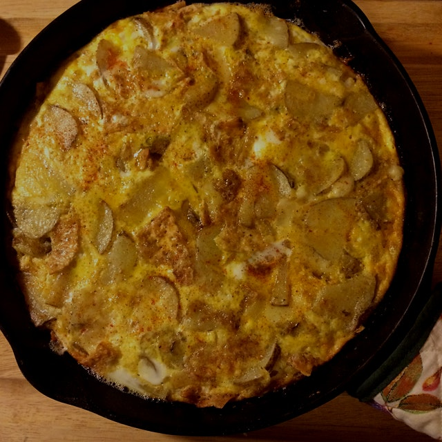 Sunday morning potato and cheese frittata