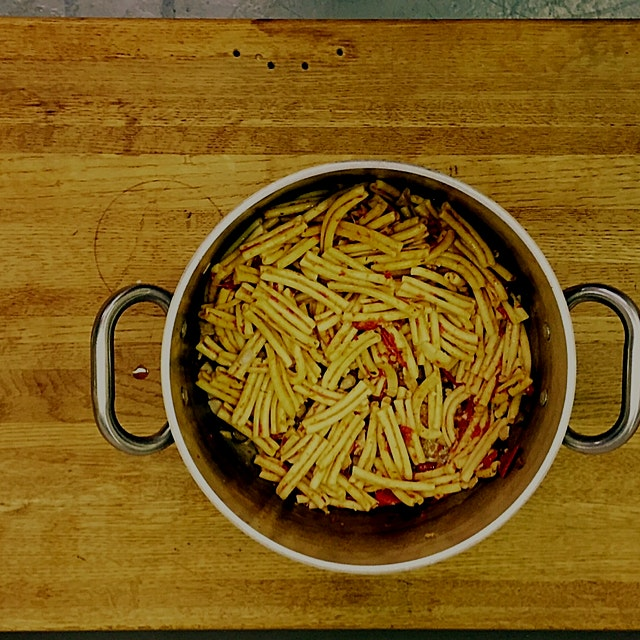 A simple summertime pasta dish.