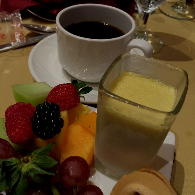 Good fortune.......Mango mousse, fresh fruit, and coffee.