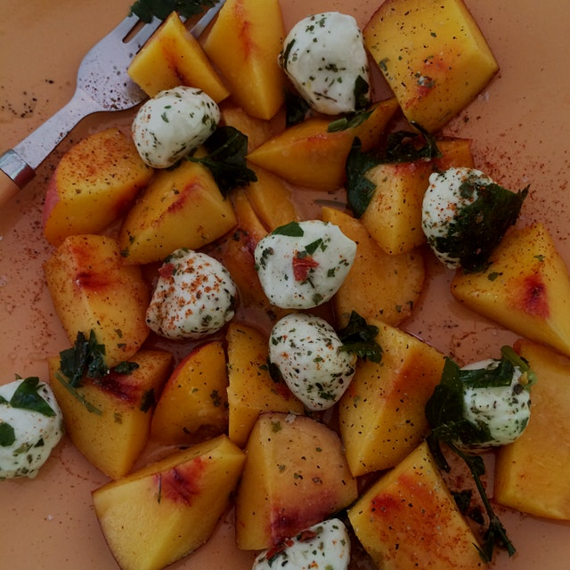 Peach and bocconcini salad