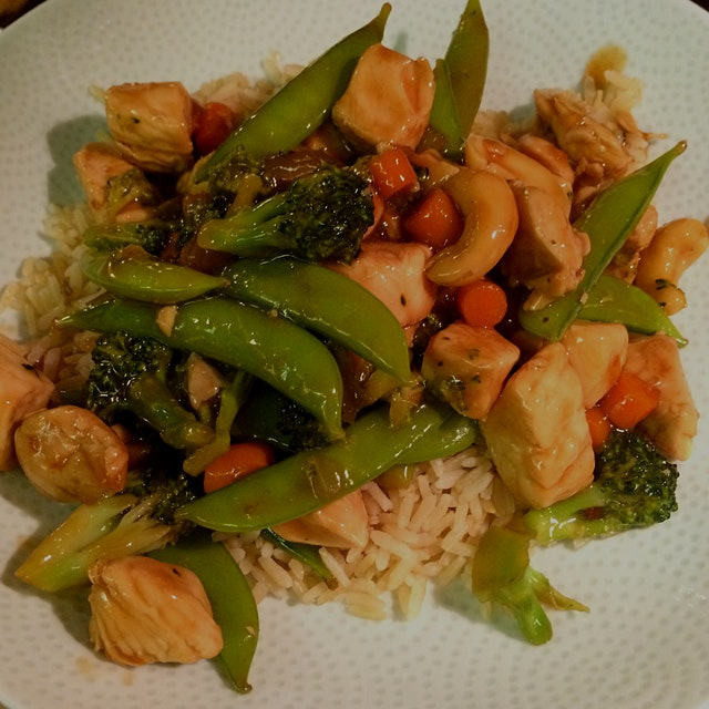 First meal in the new home - a little chicken and veggie stir fry.