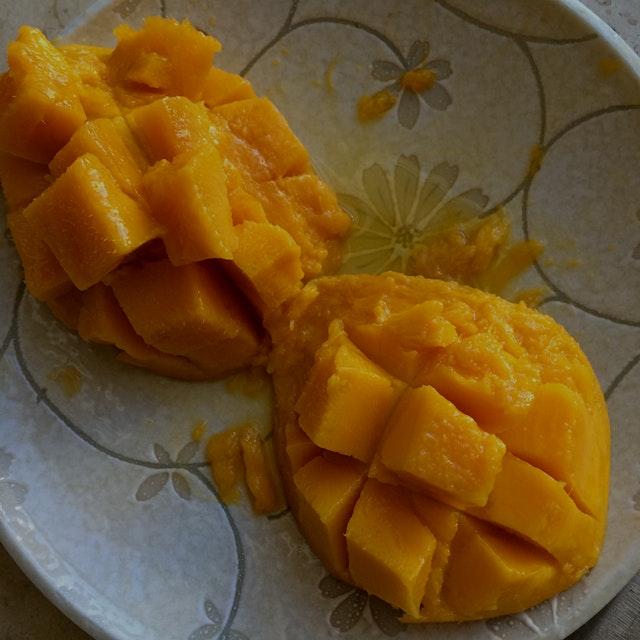 Fresh Hawaiian Mangos