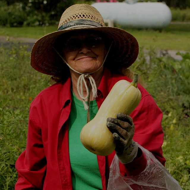 What's up butternut? My gram shows what a good squash looks like: fresh from the garden!