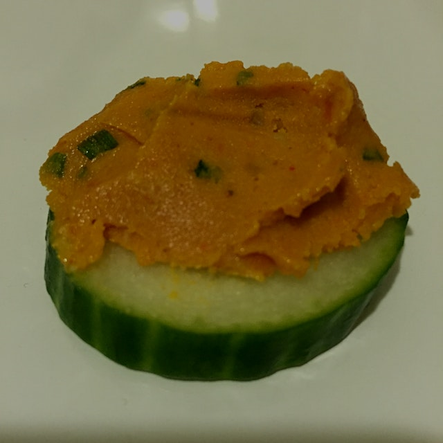 Smoky Chive Cheddar.... Vegan, Gluten Free, Raw