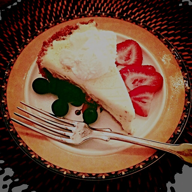 To top it all off, local chef Carol prepared a delicious key lime pie - if only we could be this ...
