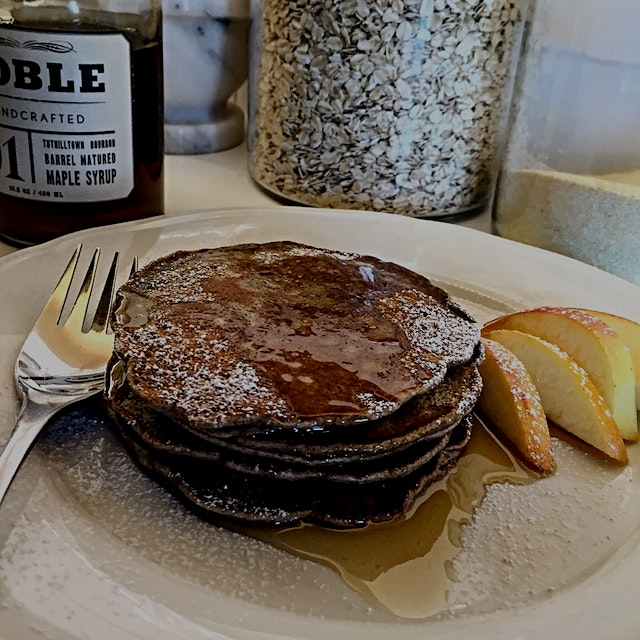It's National Pancake Day (isn't every day?!) so it's apple cinnamon buckwheat pancakes for break...