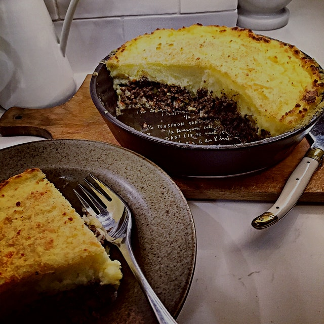 It's turning into comfort food weather up here in Toronto. Good ole Shepherd's Pie gets fancy wit...