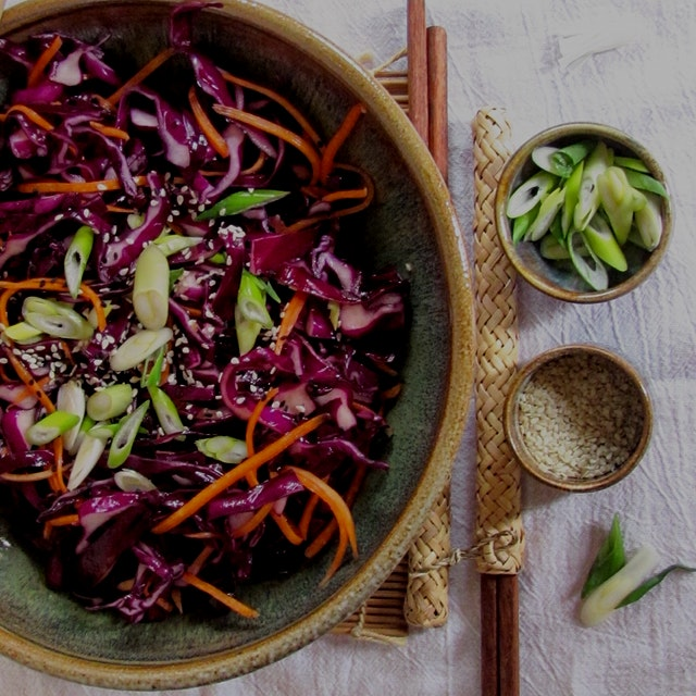 Sweet and Spicy Asian Sesame Cabbage Salad-So good you'll stand in the light of the fridge, eatin...