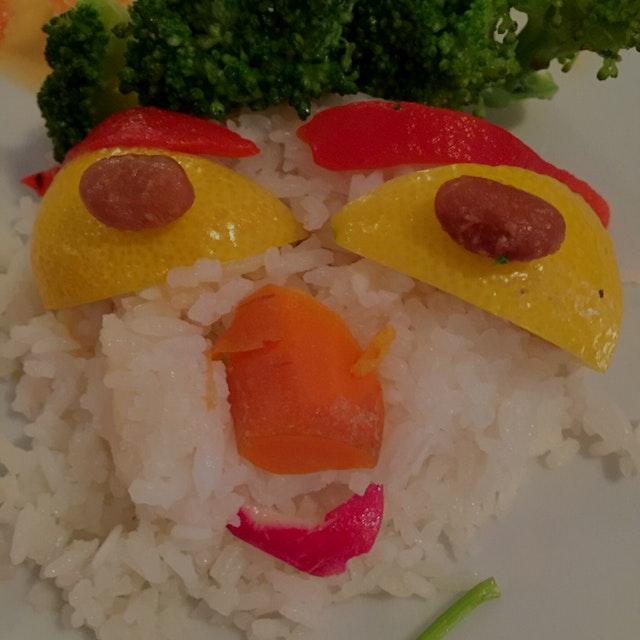 Food art - part deux. Happy food face 😀